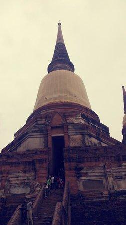 Wat Yai Chai Mang Khon : เจดีย์