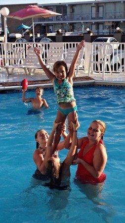 El Coronado Resort: Great pool!!!