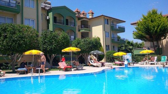Melissa Garden Apart Otel: Pool