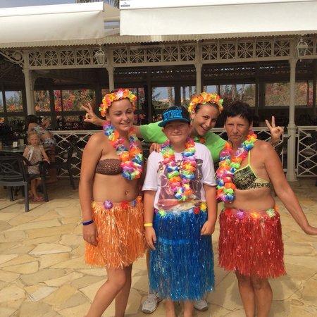 Gran Oasis Resort: Brill pool side fun