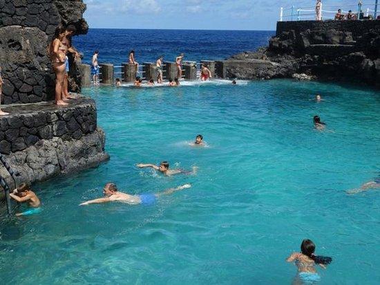 Foto de charco azul san andr s y sauces piscinas for Piscinas naturales isla de la palma