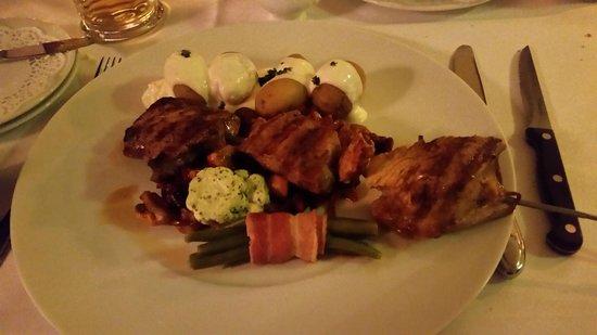 Van der Valk Hotel Berlin Brandenburg: Mixed Grill