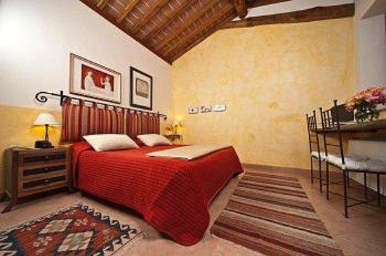 Tenuta Casteani Wine Resort: camera comfort casa del sole