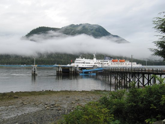Alaska Marine Highway System - Day Cruises : The Matanuska in Petersburg port