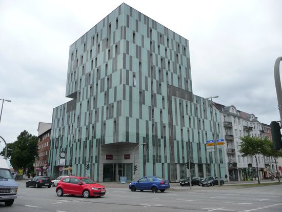 Mercure Hotel Hamburg Mitte: здание отеля