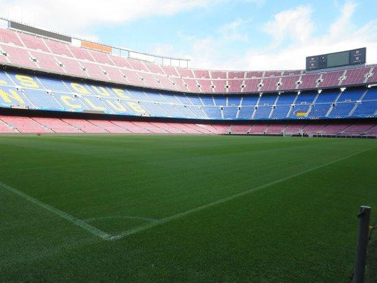 Camp Nou: The corner flag