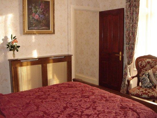 St. David's Guest House: Manorbier ground floor suite