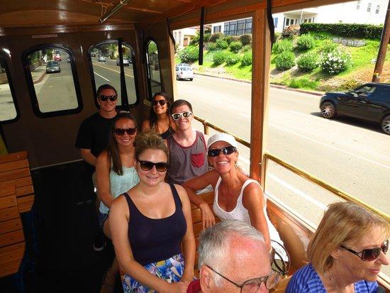 Laguna Beach : The Free Trolley