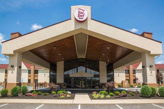 Red Roof Inn & Suites Cincinnati North-Mason: Inn Exterior