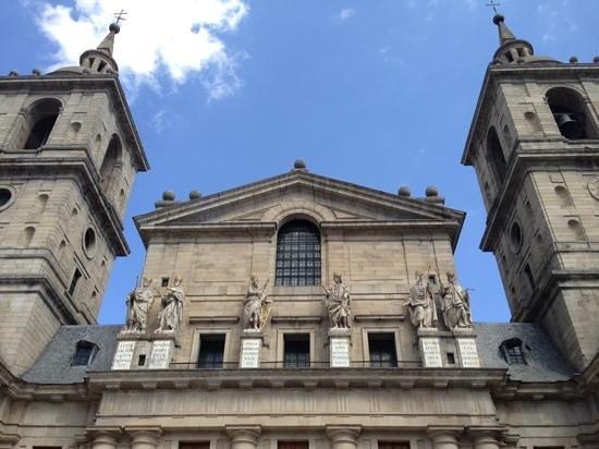 Monasterio de San Lorenzo de El Escorial: a Igreja