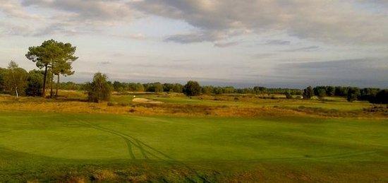 Le Pian Medoc, France : Petit matin sur le golf