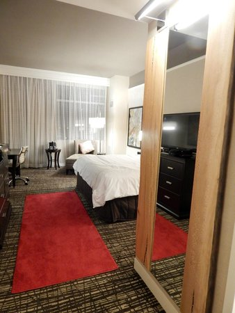 Sugar Land Marriott Town Square : Red carpet treatment (literally)