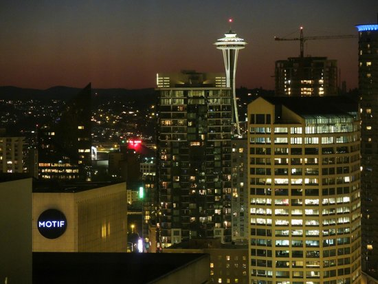 Crowne Plaza Seattle Downtown Area: The view from room 2854.
