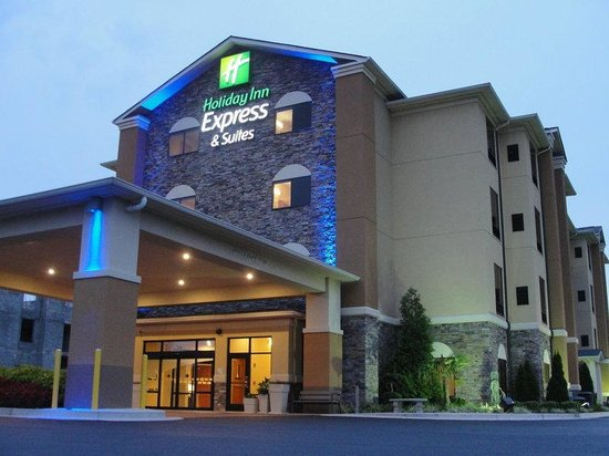Holiday Inn Express & Suites Atlanta East-Lithonia: Hotel Exterior
