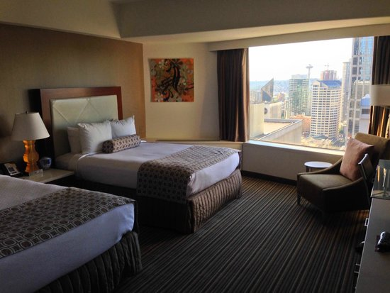 Crowne Plaza Seattle Downtown Area: Room 2854.