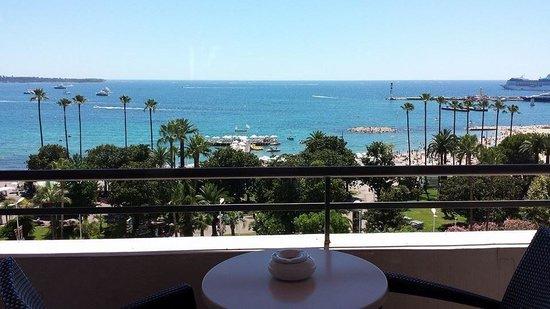 Hôtel Barrière Le Majestic Cannes : Vue du 6 eme étage