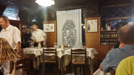 Taverna San Trovaso : Deel van het restaurant