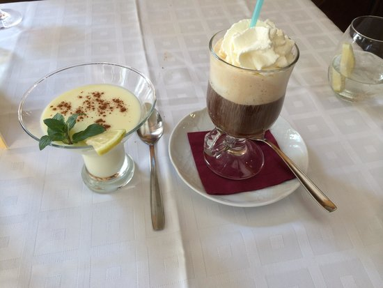 Restaurante Palangreros: Lemon posset & Irish coffee desserts