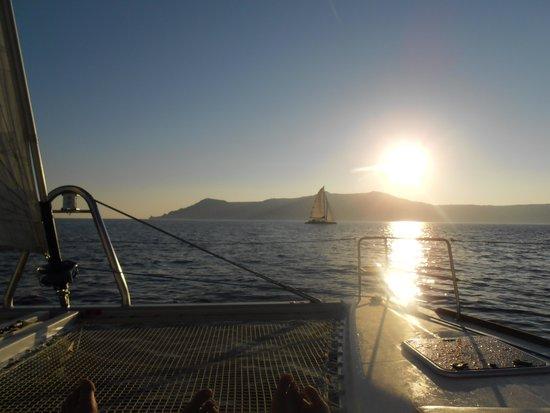 Sunset Oia Sailing - Day Tour: Sun setting