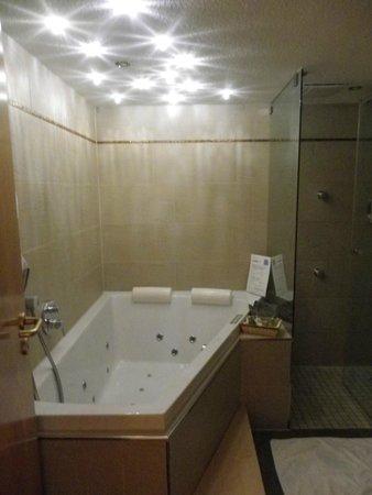 Erfurths Bergfried Ferien & Wellnesshotel: Salle de bain Himmelreich II