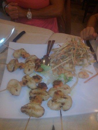 La conchiglia di Michele ristorante pizzeria : Spiedini di pesce con frittura !
