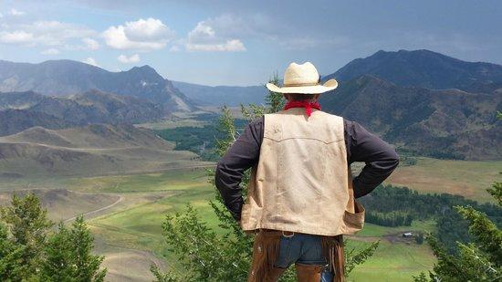 7D Ranch: Genuine staff