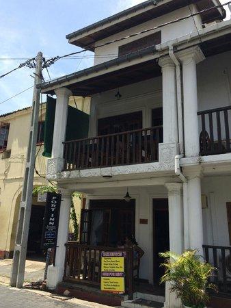 Fort Inn Guest House: Fachada del edificio