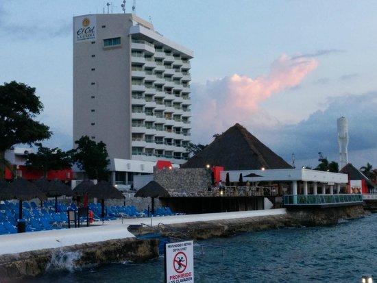 El Cid La Ceiba Beach Hotel: El Cid - New Tower building