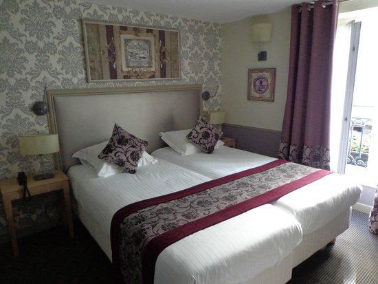 Monceau Wagram Hotel: lit