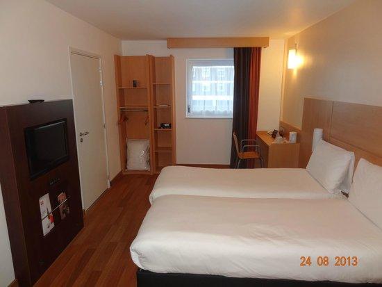Ibis London Shepherds Bush: habitacion muy confortable del hotel