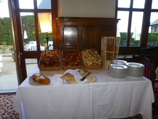 Hotel de la Cite Carcassonne - MGallery Collection : Breakfast