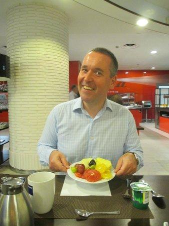 Barcelo Costa Vasca: Healthy breakfast