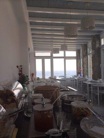 Hotel Spanelis: Le petit déjeuner vous attend