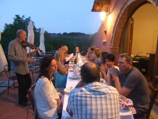Montespertoli, Italia: an evening meal