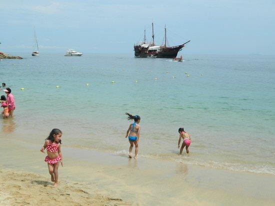 """Puerto Vallarta Pirate Tours: desde la playa pirata """"el Mary Galante"""""""