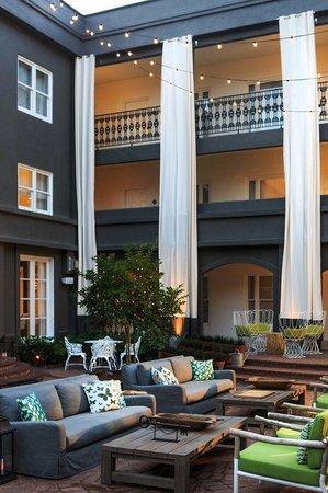 The Kimpton Brice Hotel : Secret Garden