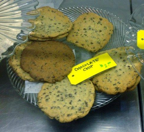 Sunny mayne bakery: giant cookies