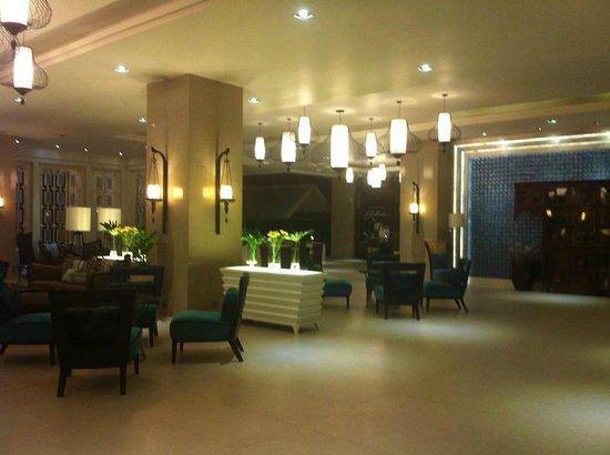 The Bayview Hotel: lobby