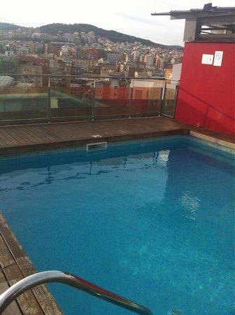 Catalonia Atenas Hotel: Alberca