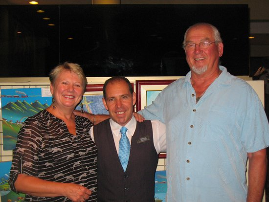 Palma Real Hotel & Casino: With our wonderful concierge, Javier!