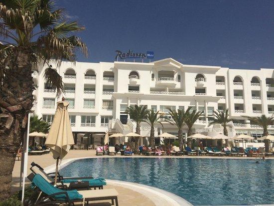 Radisson Blu Resort & Thalasso: piscina