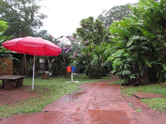Garden Stone Hostel: vista del parque