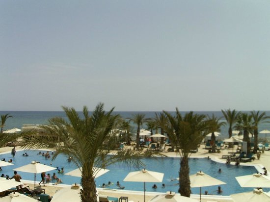 Radisson Blu Resort & Thalasso: veduta spiaggia