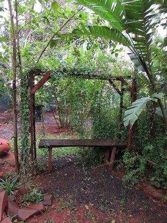 Garden Stone Hostel : parque