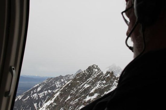 Rocky Mountain Rotors: Mt Moran out giant windows.