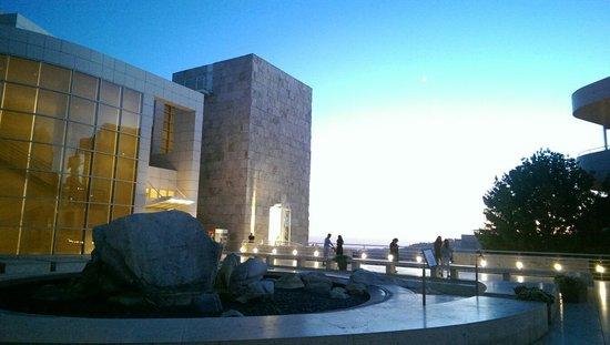Getty Center : Architecture there is so pretty . Highly recommend when u come to LA.