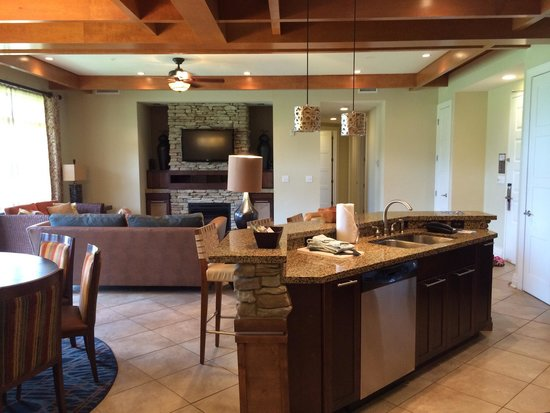 Wyndham Vacation Resorts Great Smokies Lodge: Four bedroom four bath presidential suite