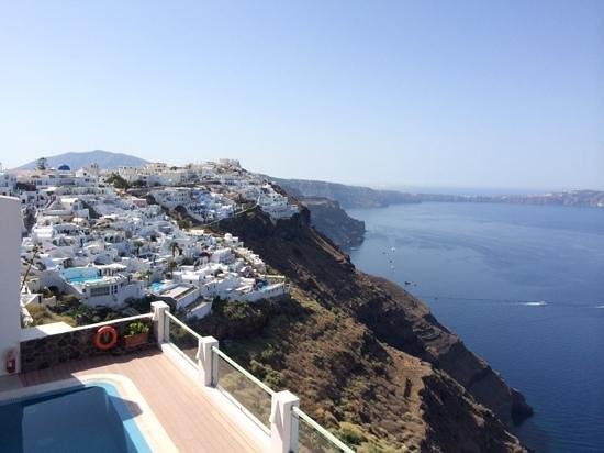 Ira Hotel & Spa: piscina y vistas desde una de las terrazas