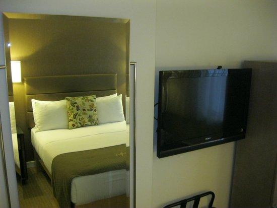 Carvi Hotel New York : Habitación muy acogedora