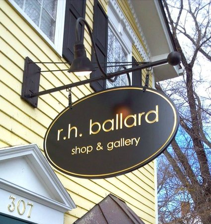Washington, VA: r.h. ballard shop & gallery
